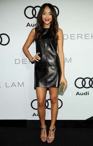 Ashley Madekwe con abito in pelle nera