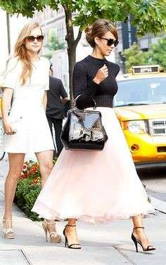 Jessica Alba con maxi gonna in tulle