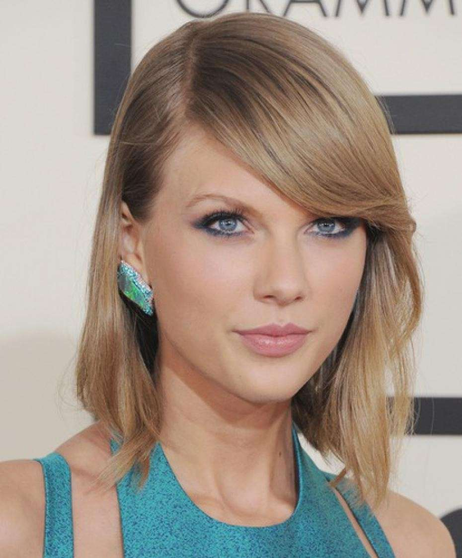 Taylor Swift ed il rossetto nude