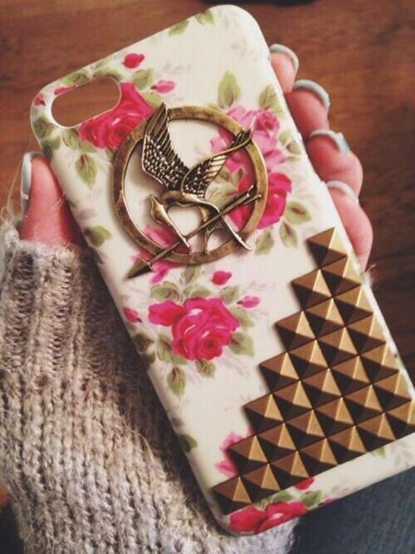 Cover di Hunger Games con borchie