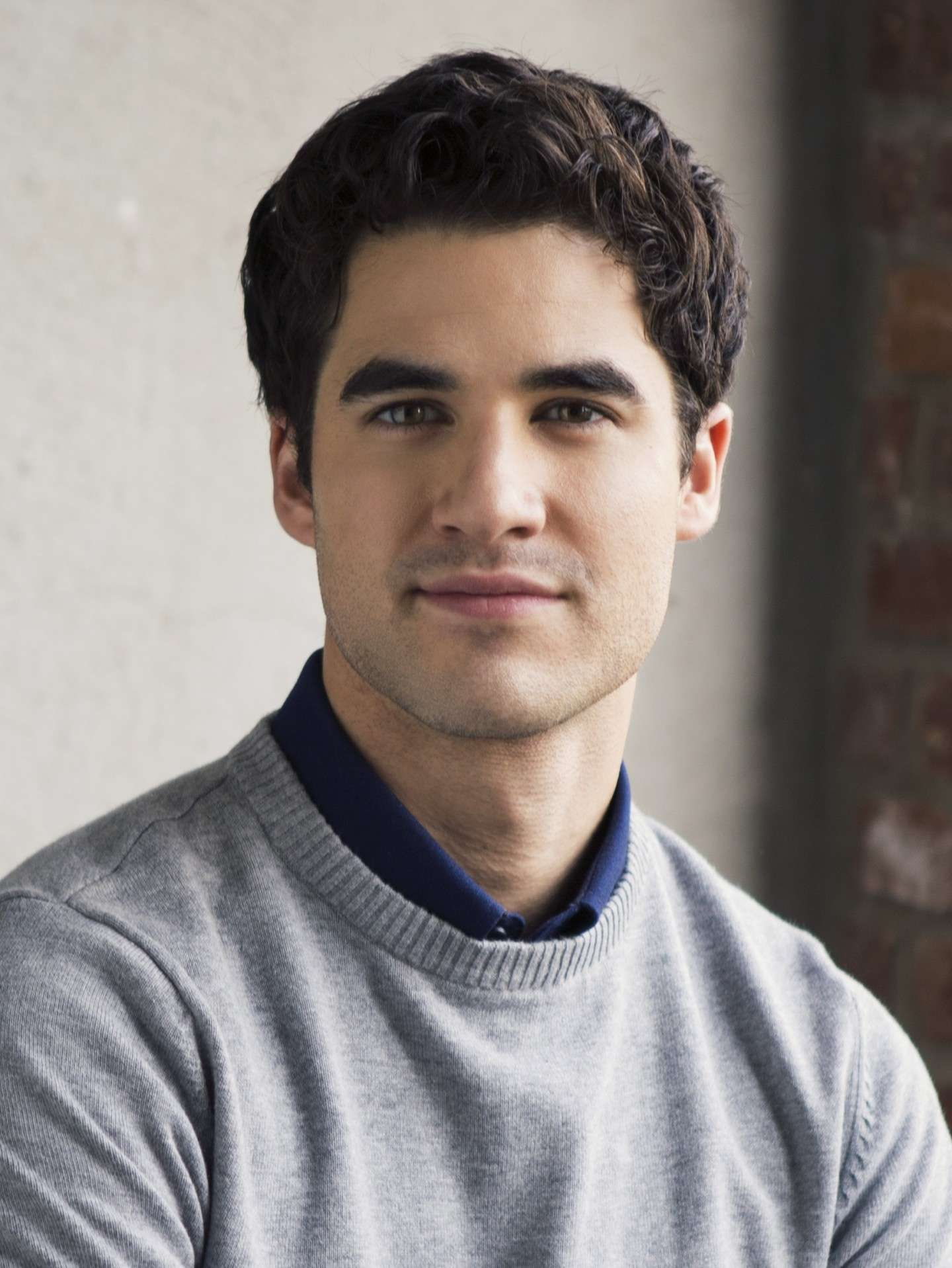 Look di Darren Criss