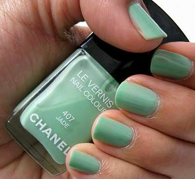 Smalto verde menta di Chanel