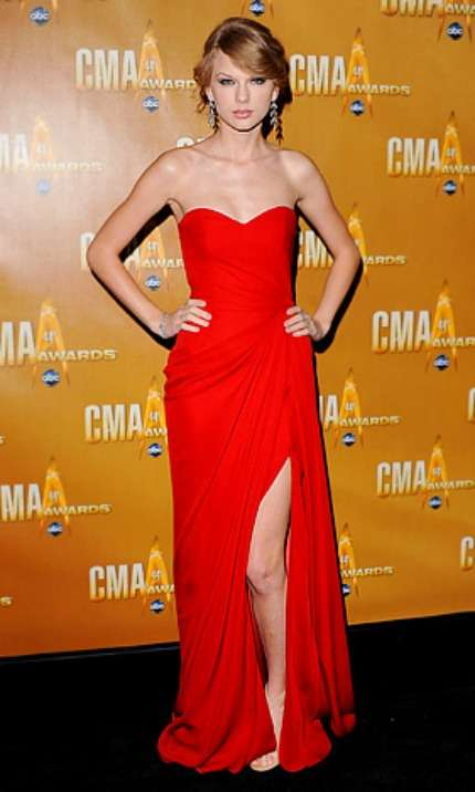 Taylor Swift in rosso