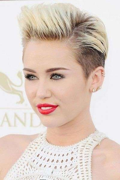 Miley Cyrus con pixie cut