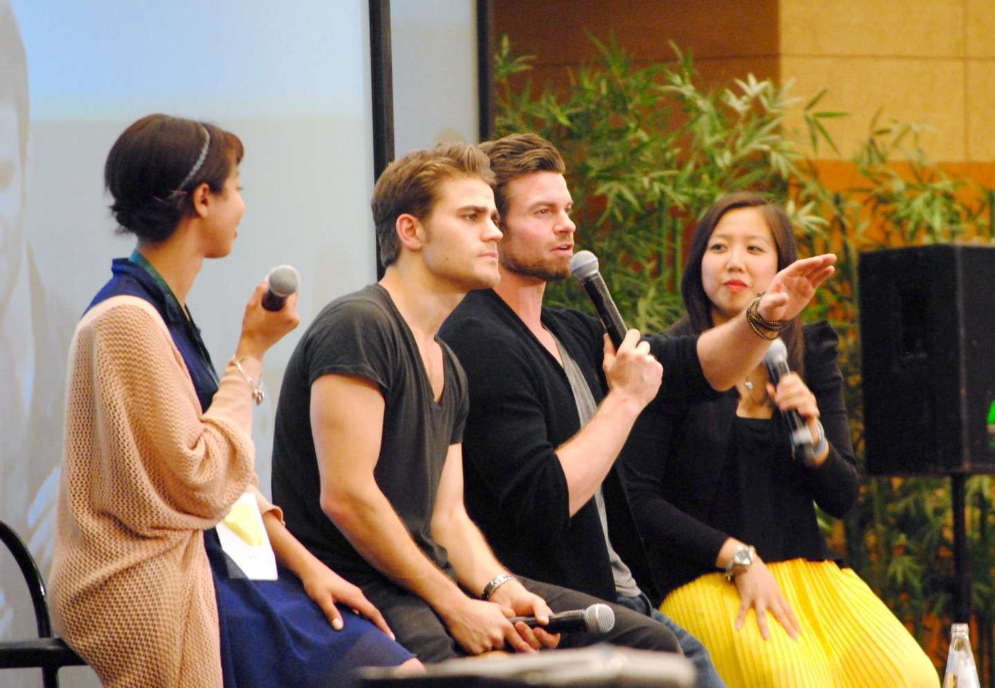 Daniel Gillies e Paul Wesley alla Love&Blood ItaCon 3D