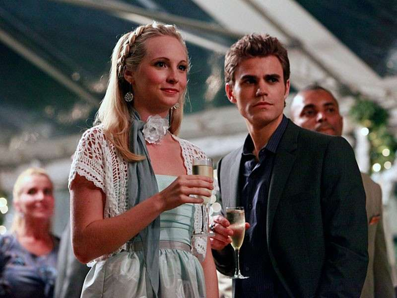 Paul Wesley e Candice Accola sul set