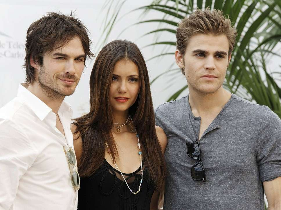 Paul Wesley e i protagonisti di The Vampire Diaries