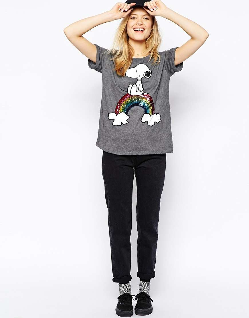 Outfit con t-shirt di Snoopy