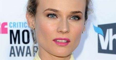 Diane Kruger con rossetto rosa