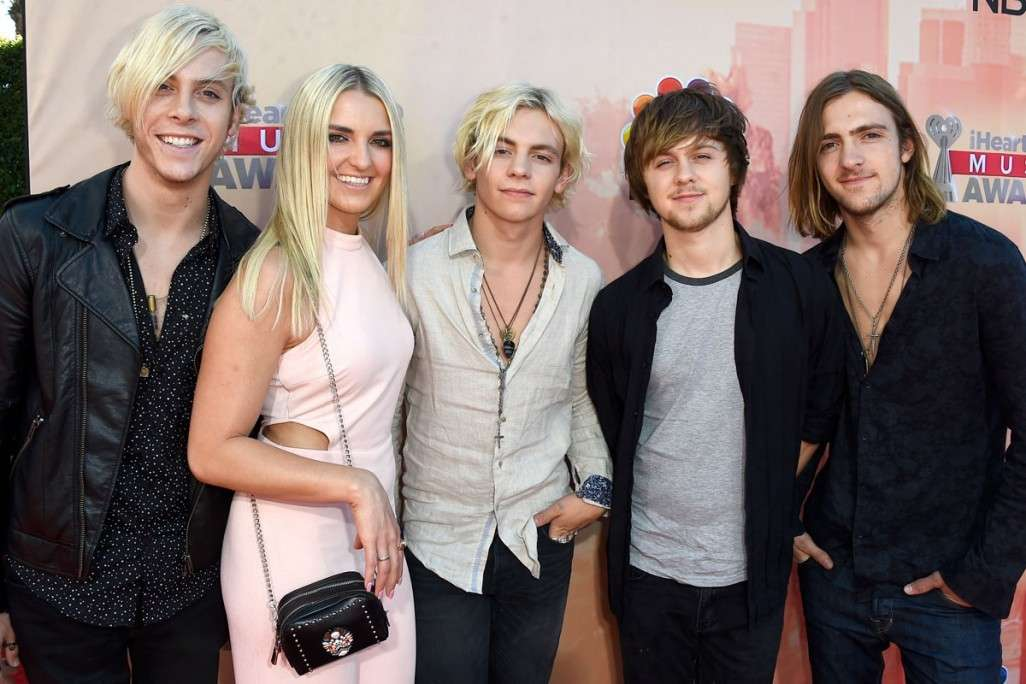 R5 agli iHeart Music Awards