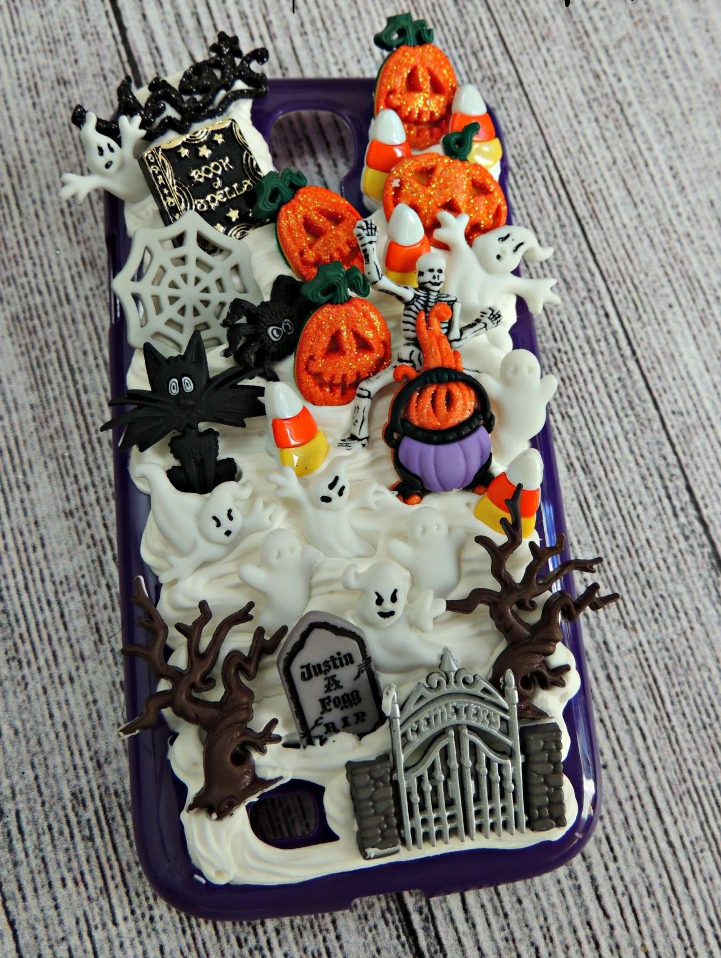 Cover di Halloween con collage