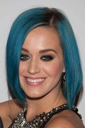 Katy Perry hairstyle petrolio