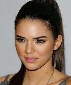 Kendall Jenner make up naturale