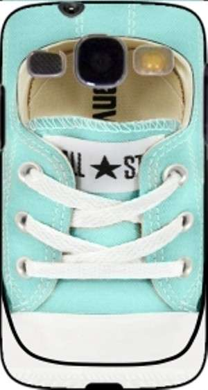 Cover verde Tiffany a forma di All Star