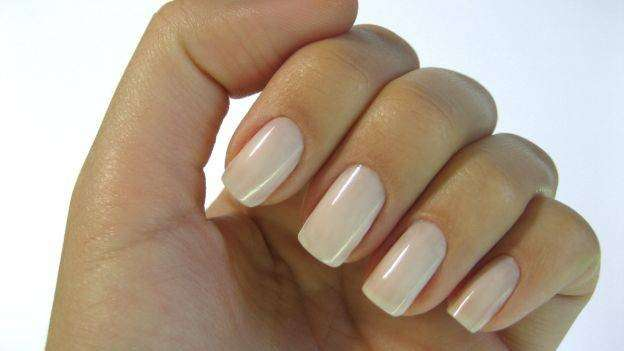 Classica nail art nude