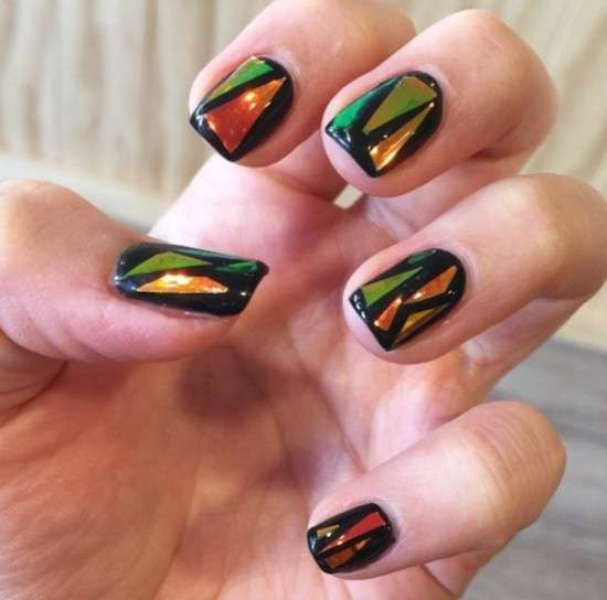 Glass nail art con triangoli