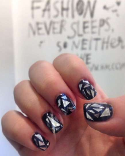 Glass nail art nera e silver
