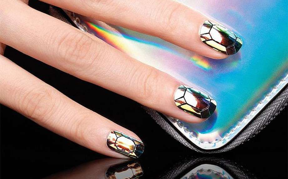 Glass nail art nera