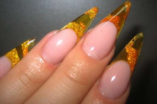 Glass french manicure gialla