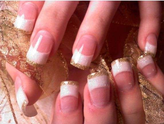 French manicure oro