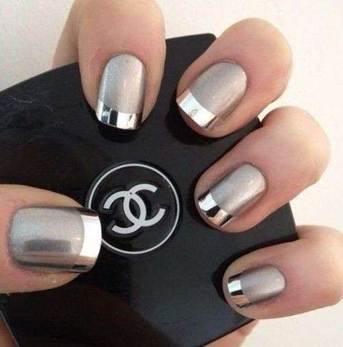 French manicure silver