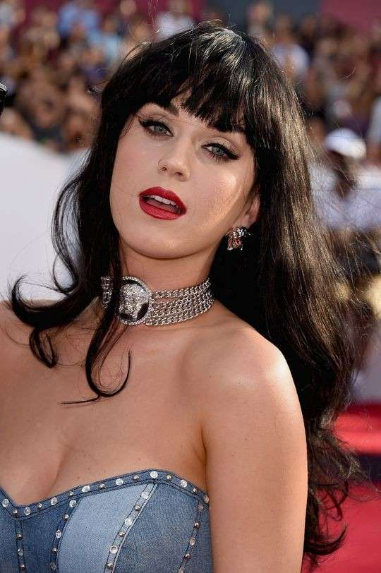 Makeup intenso per Katy Perry