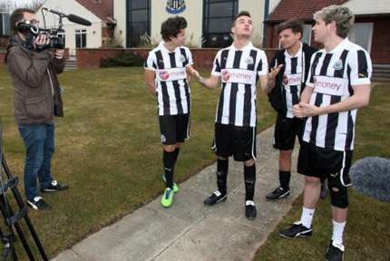 One Direction: allenamento con il Newcastle: foto!