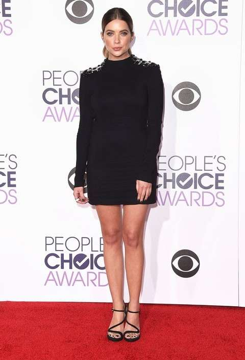 PCA 2016 red carpet - Ashley Benson