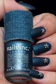 Nail art effetto jeans con stelle