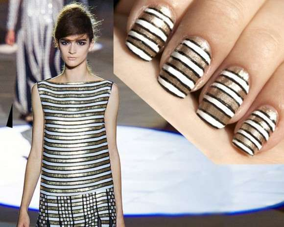 Nail art a righe di Taryn Multack