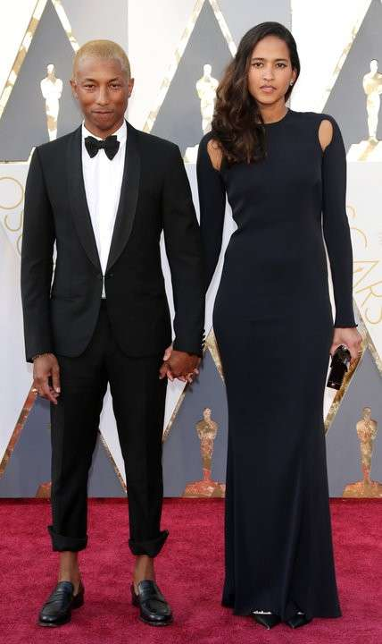 Pharrell Williams e Helen Lasichanh agli Oscar 2016