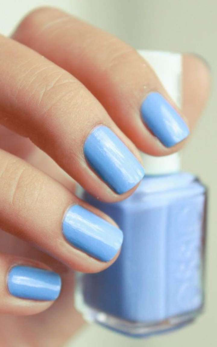 Semplice nail art Blue Serenity