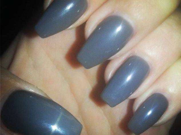 Coffin nail art grigia