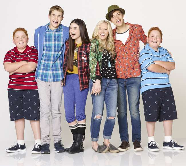Best Friends Whenever: cast e personaggi
