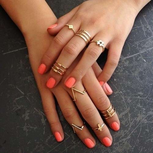 Knuckle ring color oro