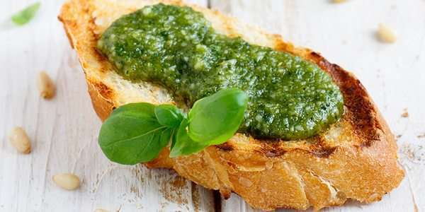 Bruschetta al pesto