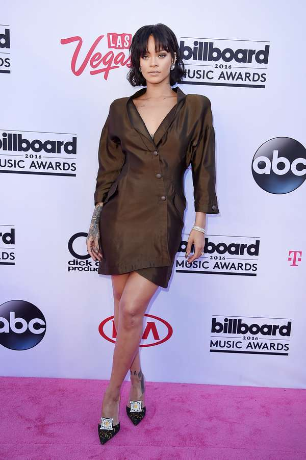 Rihanna ai Billboard Awards 2016