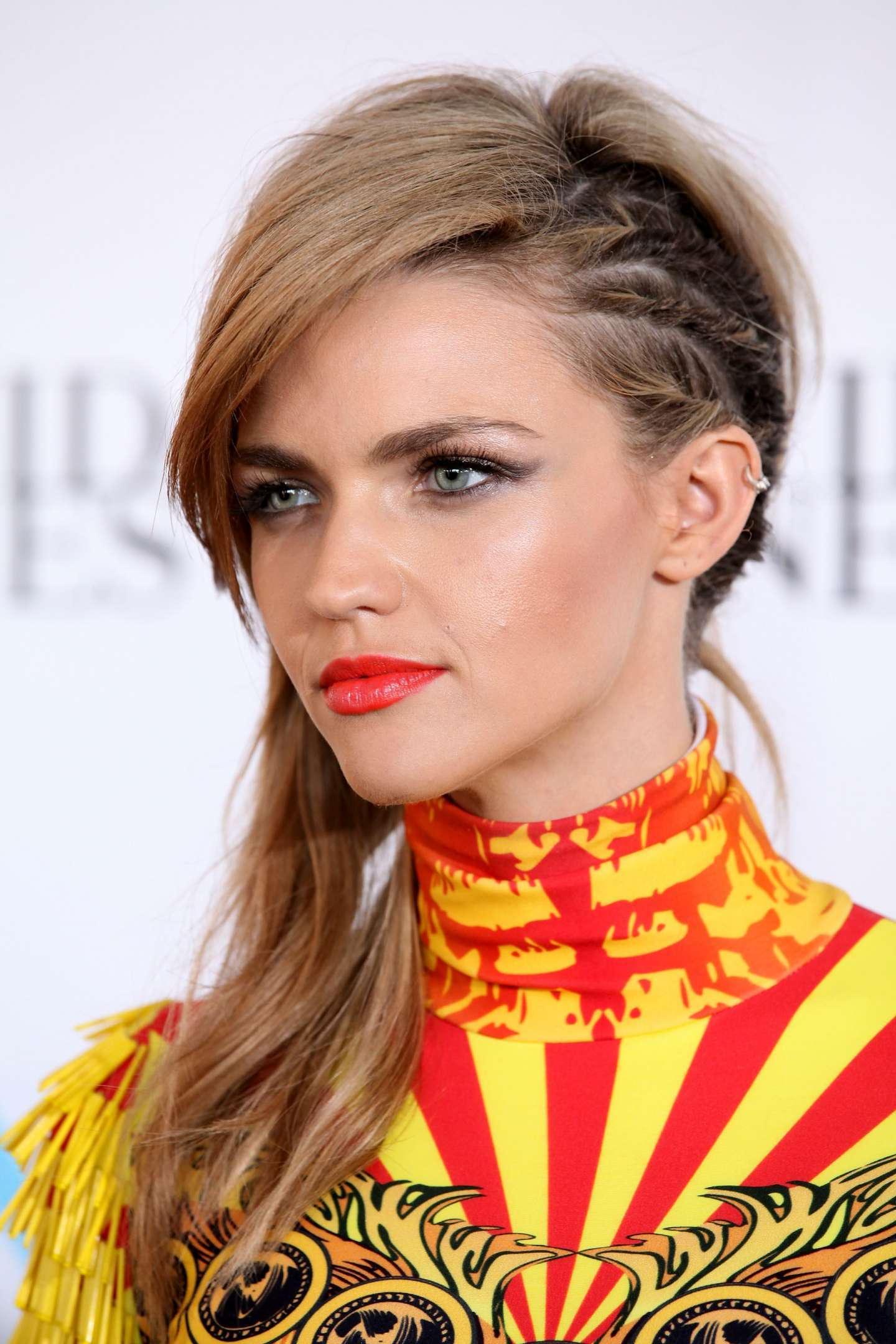 Il faux undercut di Ruby Rose