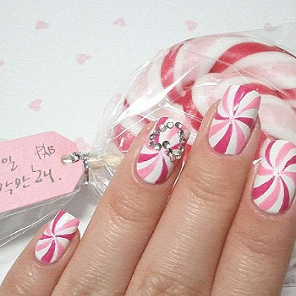 Nail art lollipop con strass