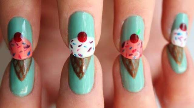 Nail art color Tiffany con gelati