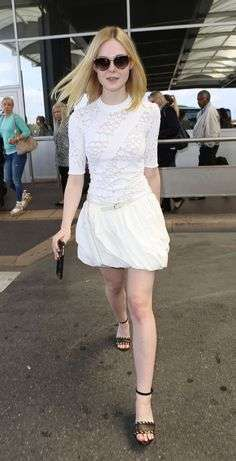 Elle Fanning in look total white