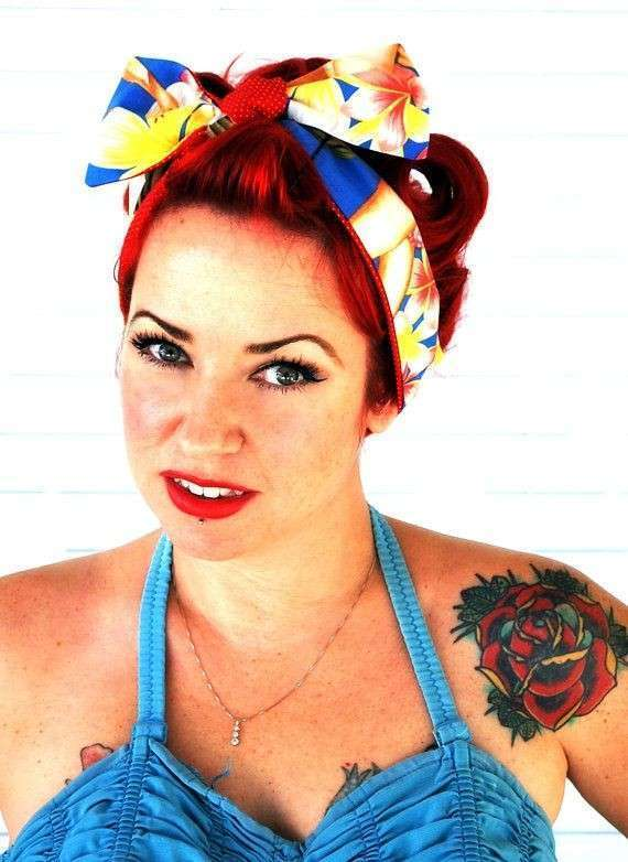 Foulard per capelli come le pin up
