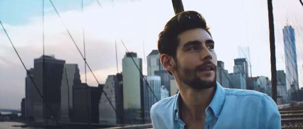 Alvaro Soler dal video El mismo sol
