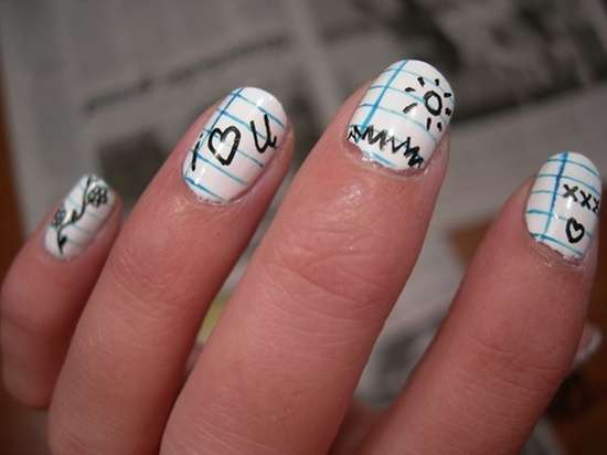 Nail art come un quaderno