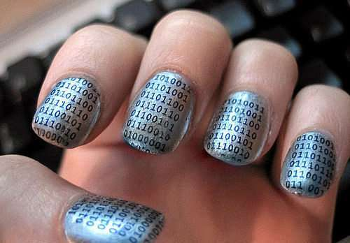 Nail art sequenza binari