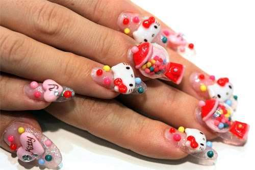 Nail art Kawaii di Hello Kitty