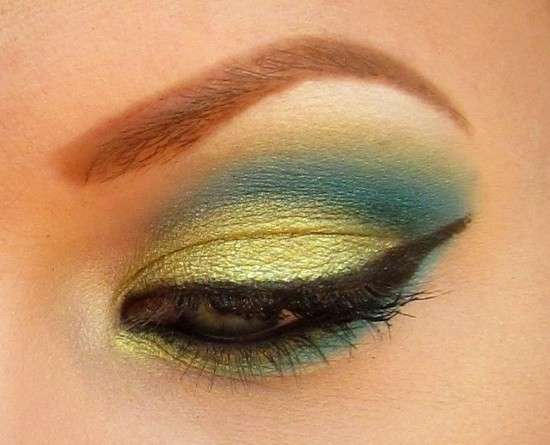 Smokey eyes giallo e verde