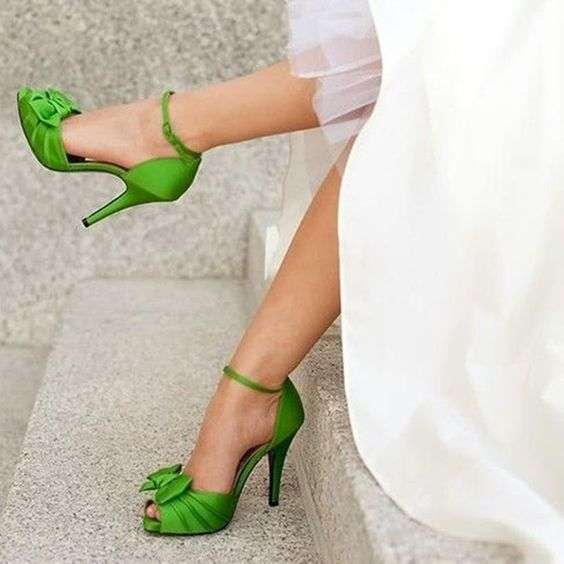 Scarpe color Greenery per l