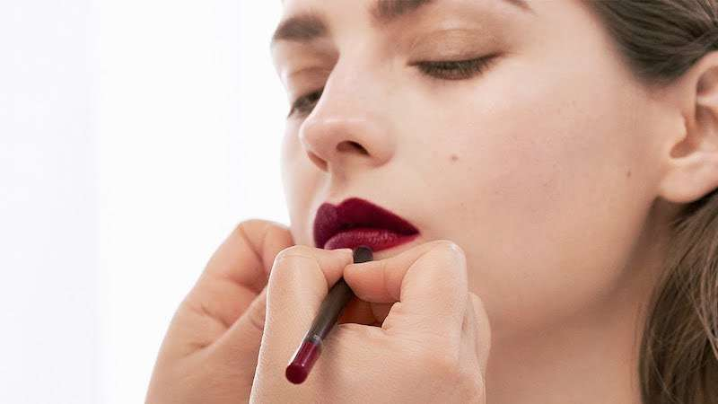 Come si applica il rossetto opaco