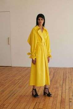 Trench oversize giallo fluo